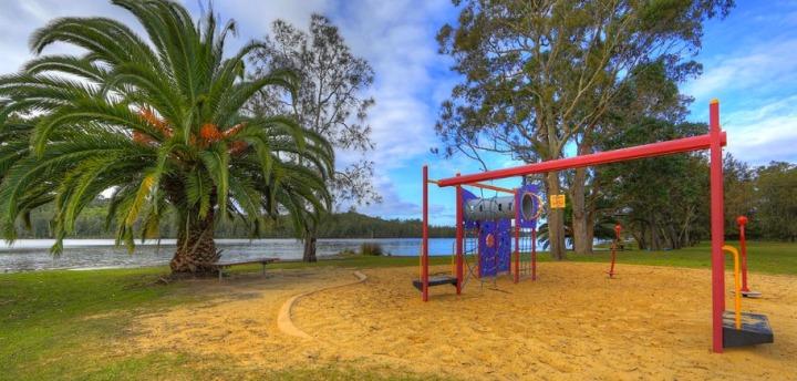 (c) Big 4 Lake Conjola Lakeside Caravan Park