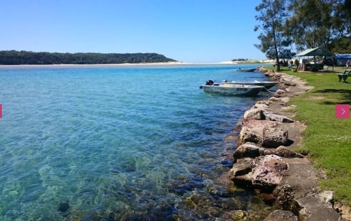(c) Lake Conjola Entrance Holiday Park
