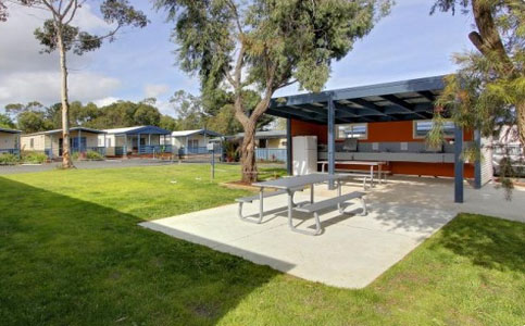 Amaroo Park kitchen