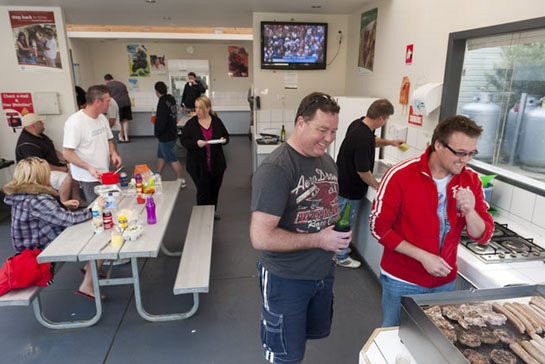 Big4 Phillip Island Caravan Park kitchen