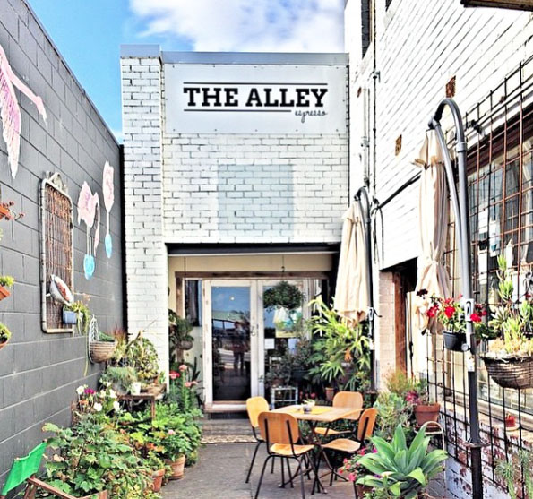 The Alley Espresso, Dromana. Mornington Peninsula, Victoria, Australia. Photo: Richard.Pix