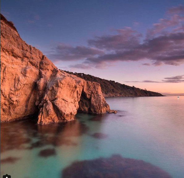 Crystal clear waters. Mornington Peninsula, Victoria, Australia. Photo: NathanMarshal.au