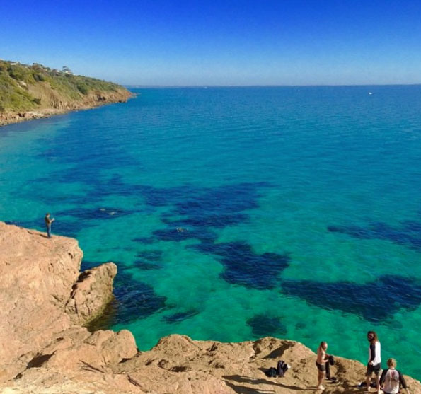 Turquoise waters at the Pillars, Mount Martha. Mornington Peninsula, Victoria, Australia. Photo: BeachMatt