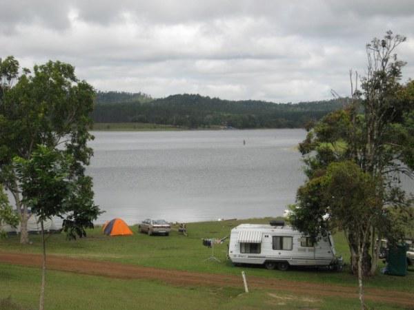 Kauri Creek campground, Lake Tinaroo on the Atherton Tablelands, Queensland, Australia. Photo: AussieCampOvenForum.com