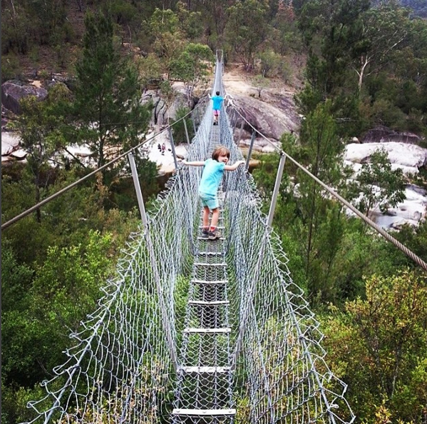 Bowtells Swing Bridge, Six Foot Walking Track. Photo: MurrayTakle