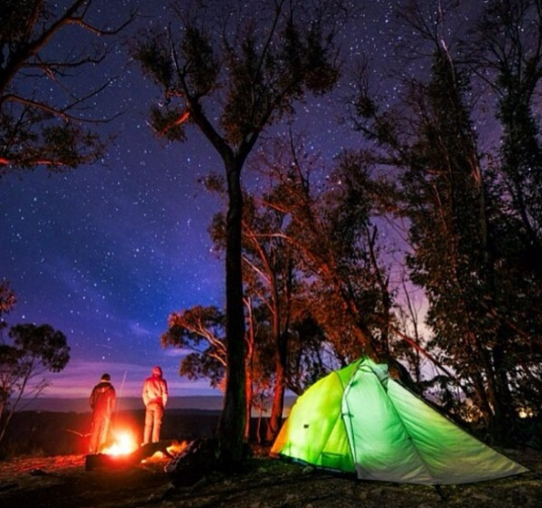 Camping beneath the stars, Blue Mountains, Australia. Photo: KarlLindsayPhotography
