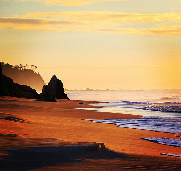 Best Beach camping NSW, Australia. Mimosa Rocks National Park. Photo: SkriviOnTour