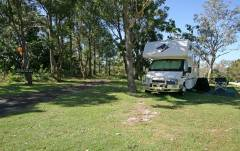 Byron_Caravanning-and-Camping