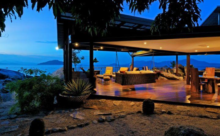 East-Beddara-Island-Retreat-dusk