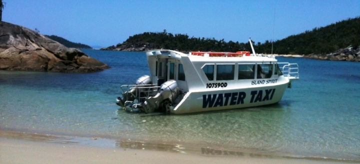 mission-beach-water-taxi-bedarra